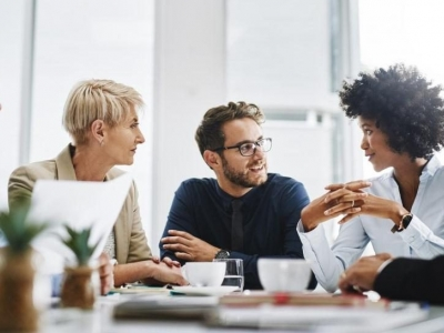How to Explain Comprehensive Employee Benefits Packages to Your Employees